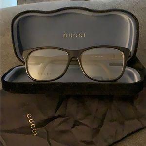 Gucci Brown glasses (no prescription)